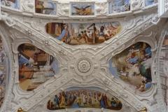 chiesa S Lucio, Lain